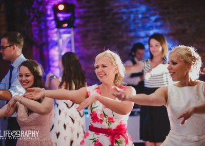 esküvői dj bulihangulat